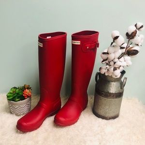 Hunter Women's Rain Boots: Tall | Matte (P…